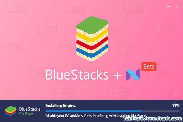đang cài bluestacks 3 vào máy tính